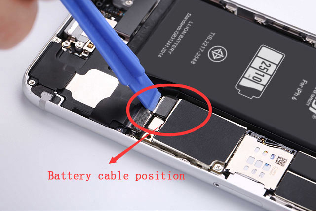 iphone Battery cable position
