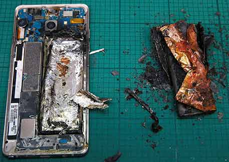 Using Mobile Phone Batteries In Summer To Get Hot , May Catch Fire And Explode